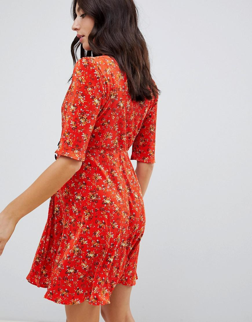 b158119948003 Lyst - ASOS Asos Design Maternity Ditsy Print Plisse Mini Dress With Button  Detail in Red