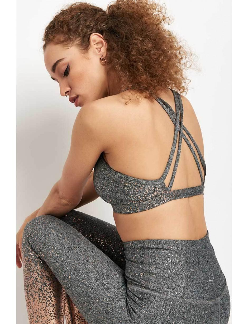 cc7ede06feb3a7 Lyst - Beyond Yoga Alloy Speckled Double Back Bra in Gray