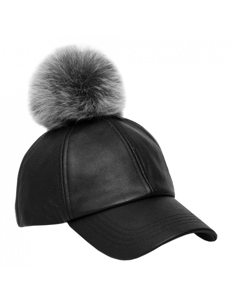 Ugg Ladies Cap With Fur Pom Pom in Black - Lyst 6103963c6bef