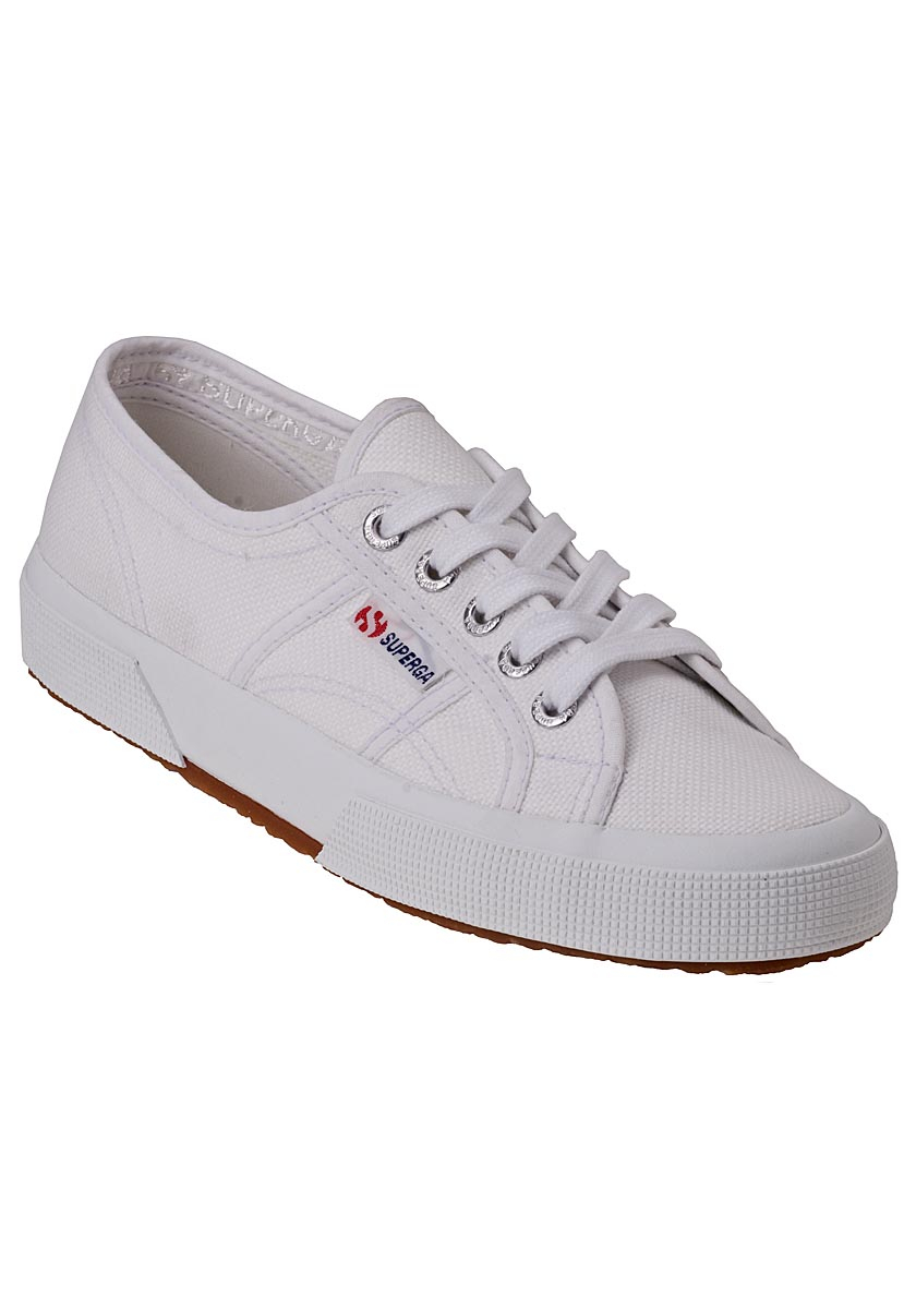 Comfortable White Canvas Shoes