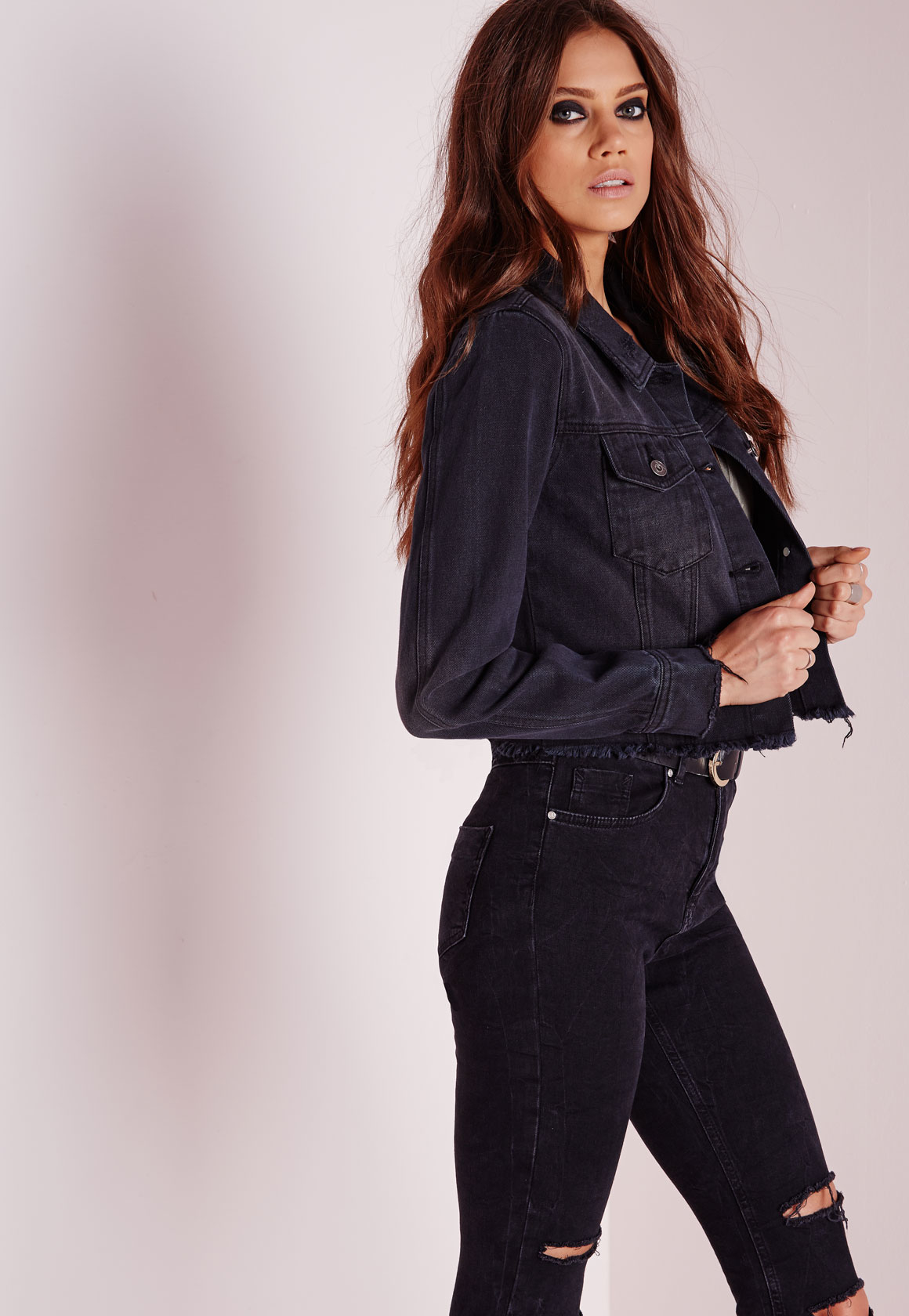 Missguided Cropped Raw Hem Denim Jacket Black in Black | Lyst