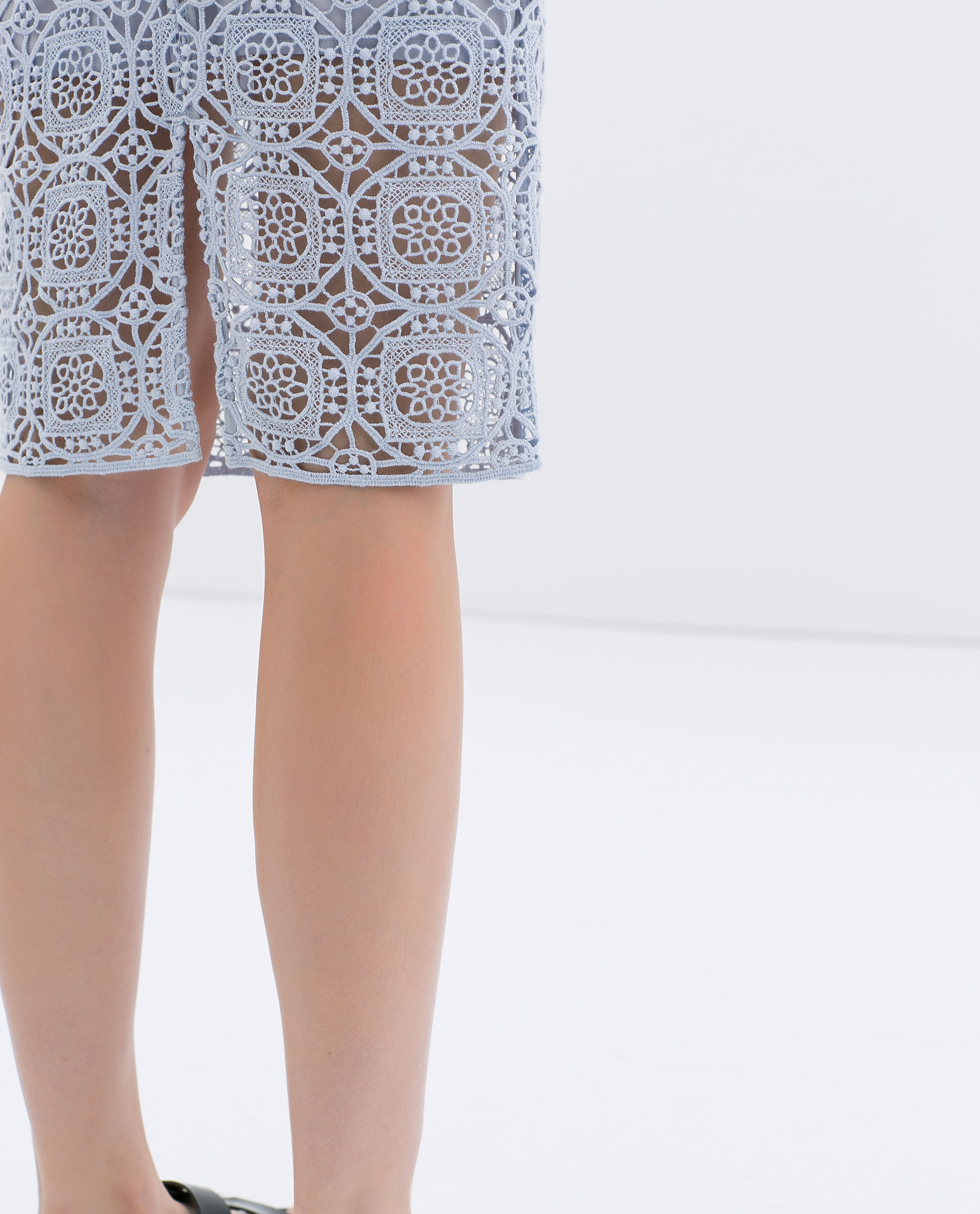 zara midi length lace skirt in blue lyst
