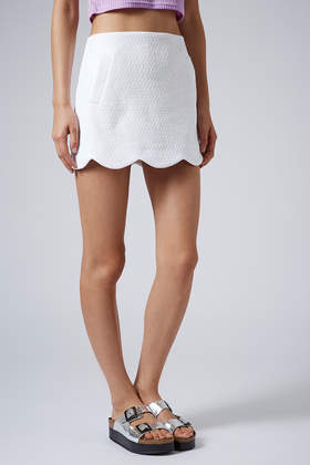 a8dc56ade TOPSHOP Boucle Scallop Hem Skirt in White - Lyst
