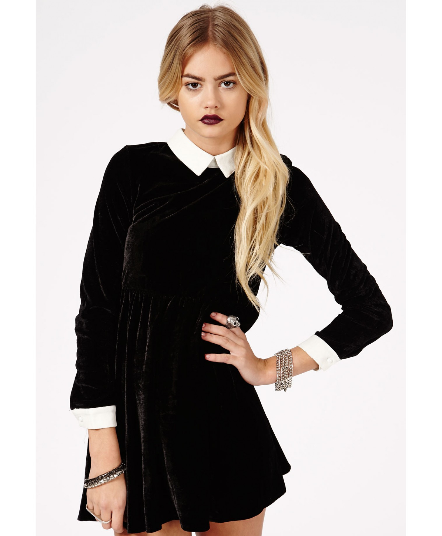 Missguided Cassida Velvet Contrast Collar and Cuffs Skater Dress ...