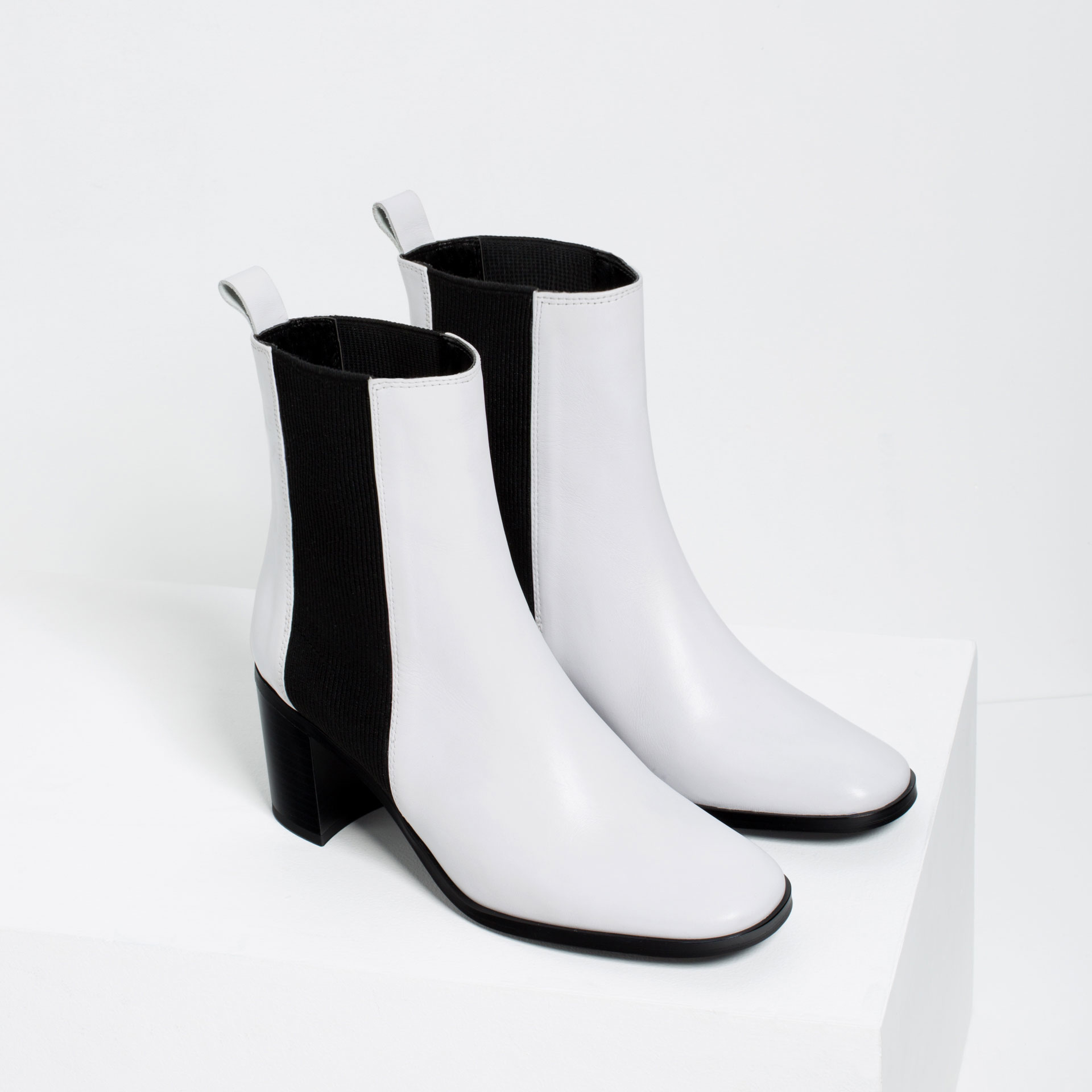 Zara Elastic Leather Ankle Boots in White | Lyst