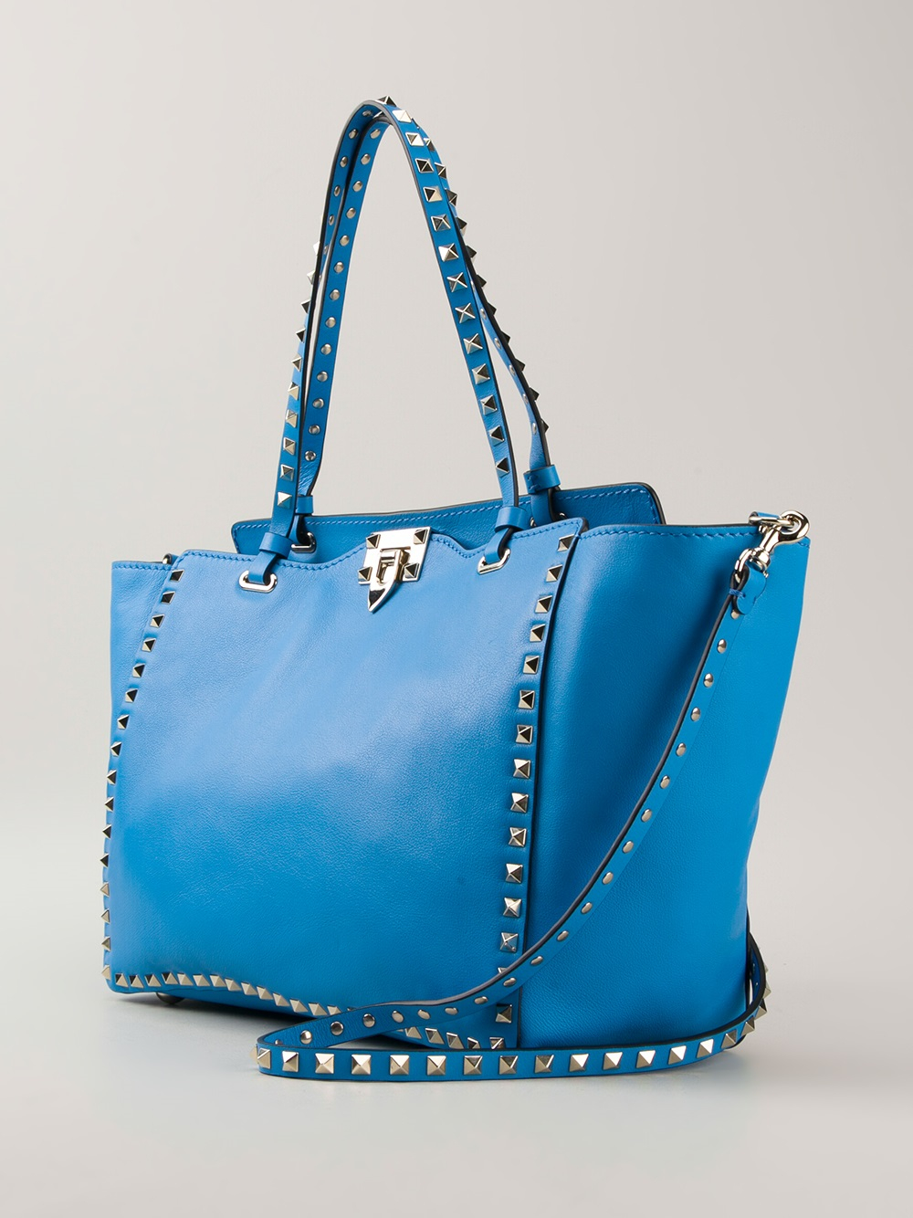 lyst valentino rockstud tote bag in blue. Black Bedroom Furniture Sets. Home Design Ideas