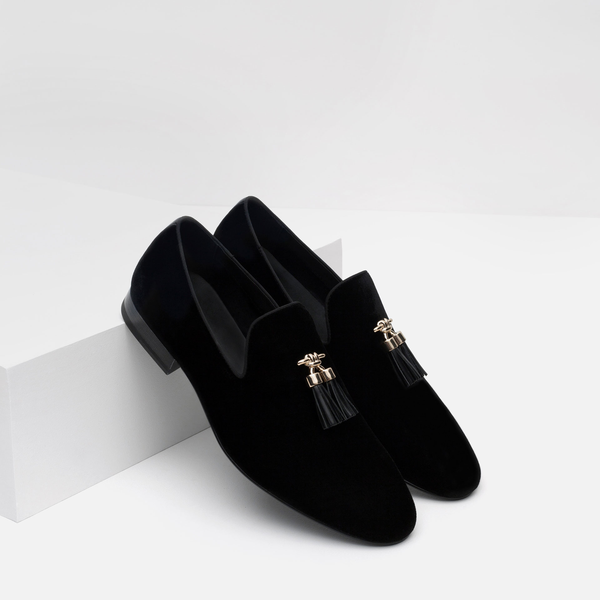 Zara Velvet Loafers With Tassels in Black for Men | Lyst