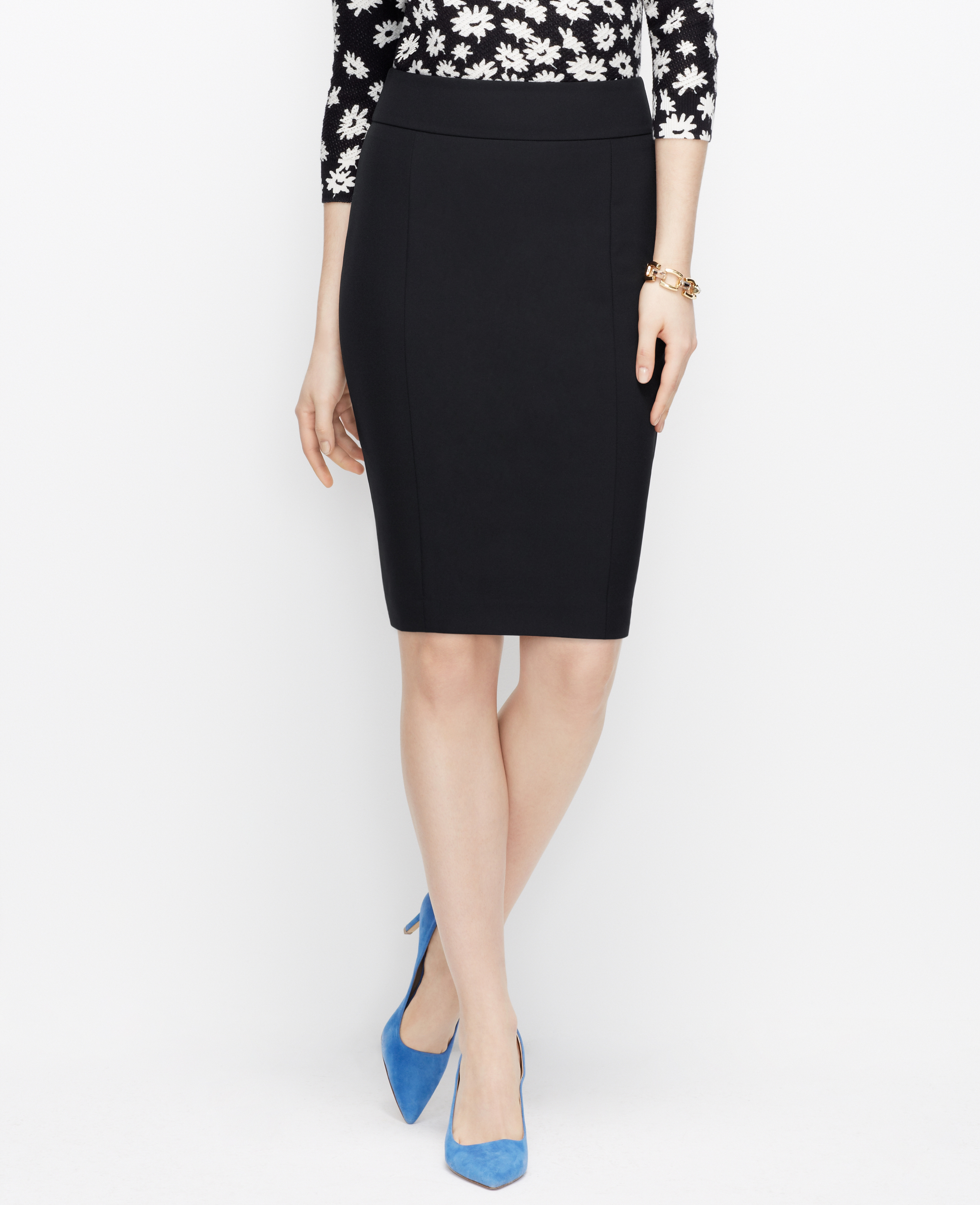 Ann taylor Curvy Sleek Stretch Pencil Skirt in Black | Lyst