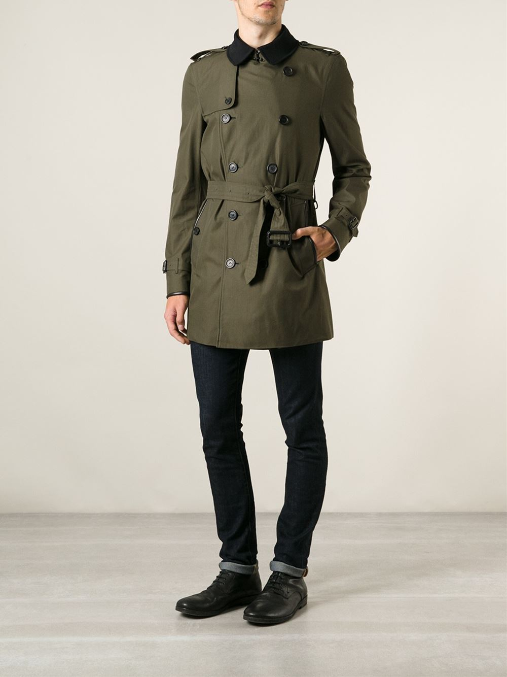 Lyst Burberry Contrasting Collar Trench Coat In Green