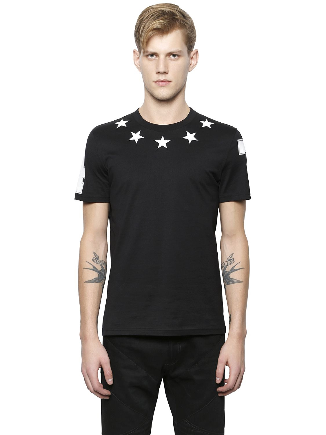 Lyst givenchy star patches cuban fit cotton t shirt in black for Givenchy 5 star shirt