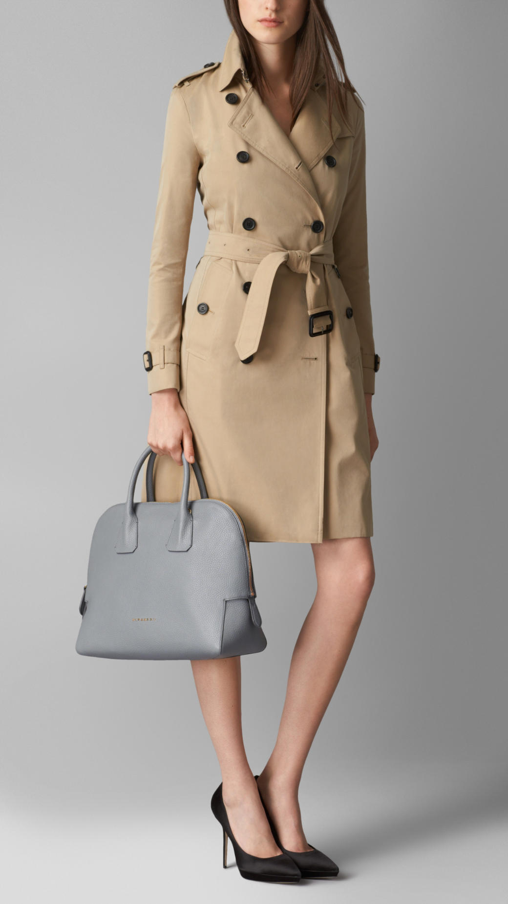 2c17c15f98 Burberry Small Grainy Leather Bowling Bag in Gray - Lyst