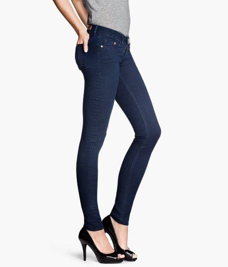 h m super skinny super low jeans in blue denim lyst. Black Bedroom Furniture Sets. Home Design Ideas