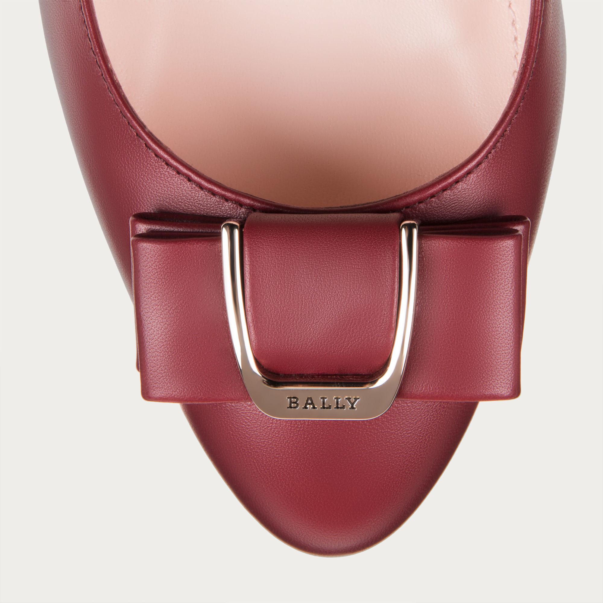a8e2abf78013 Lyst - Bally Bellyna Women ́s Leather Pump In Dark Red in Purple