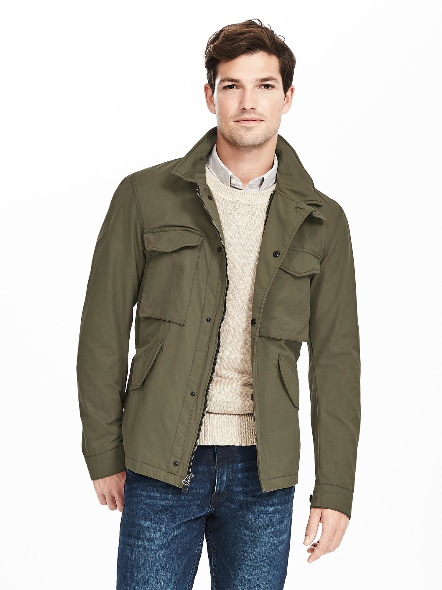 Upgrade your look with the men's outerwear - coats & jackets line by Banana Republic. Shop men's coats & jackets today.
