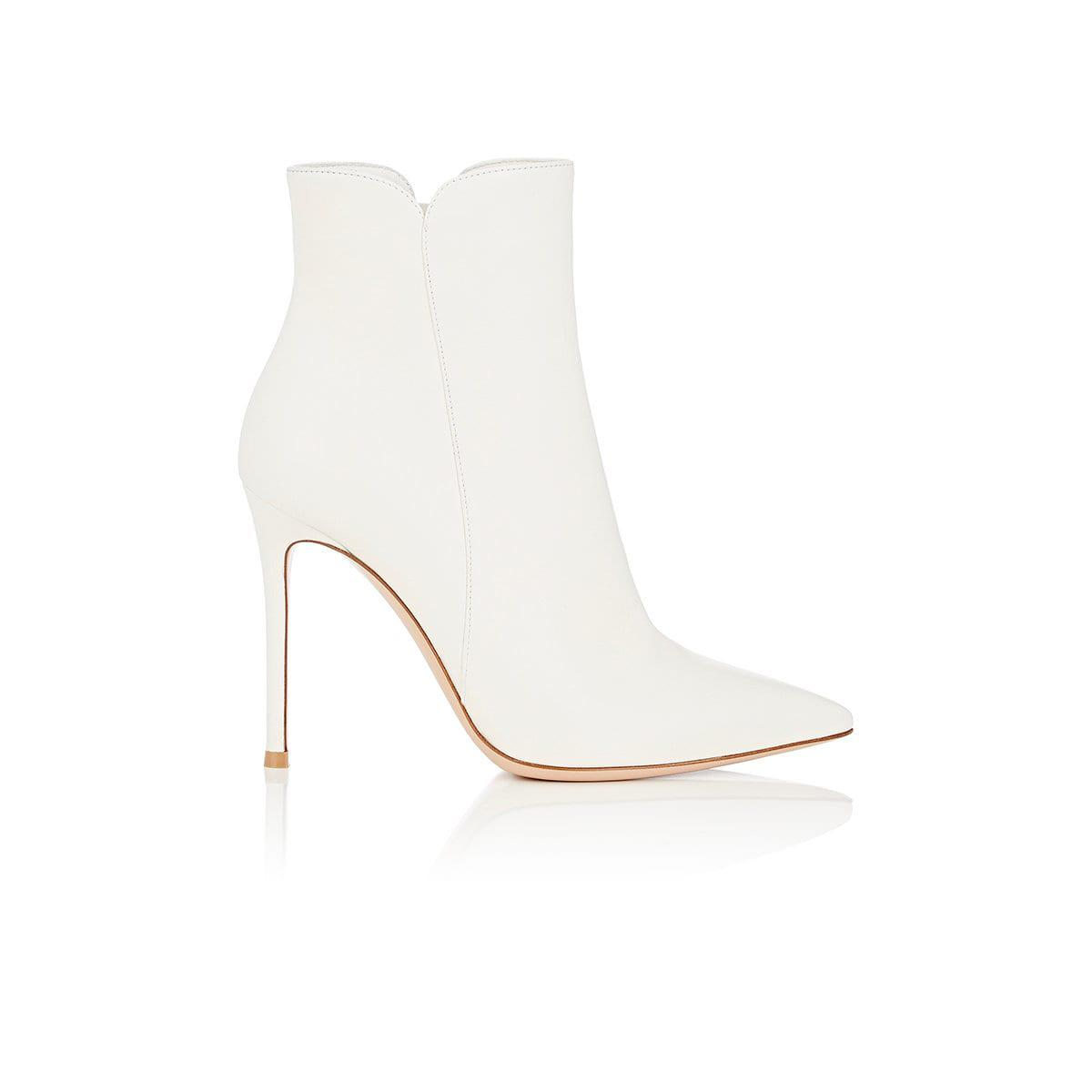 Buy Cheap Outlet Locations Levy 105 Offwhite Leather Booties Gianvito Rossi Buy Cheap View Clearance Comfortable Discount Fake Pay With Visa Online 8Iqgx8nu4r