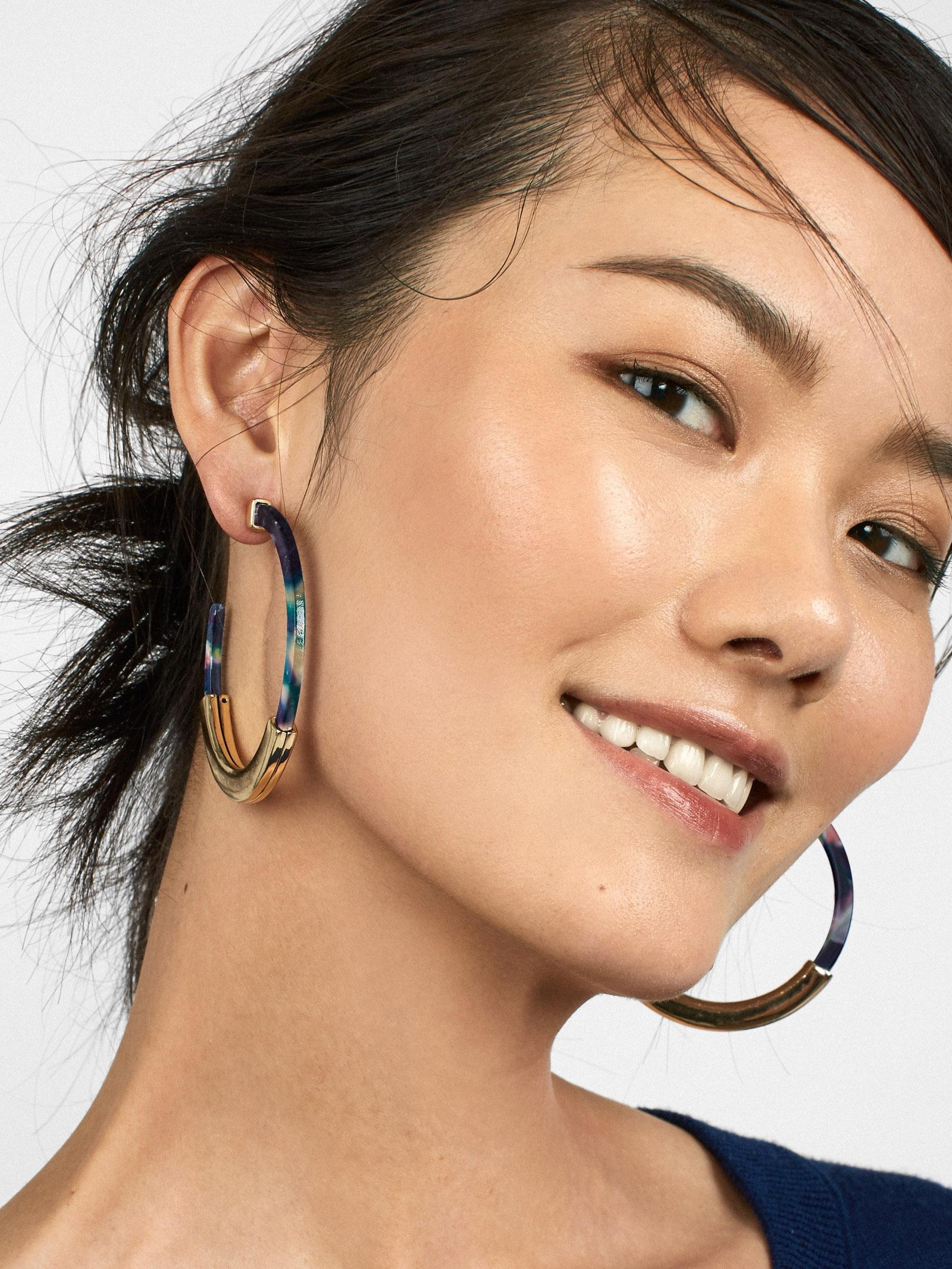 BaubleBar Tassiana Hoop Resin Earrings dmLvdB7