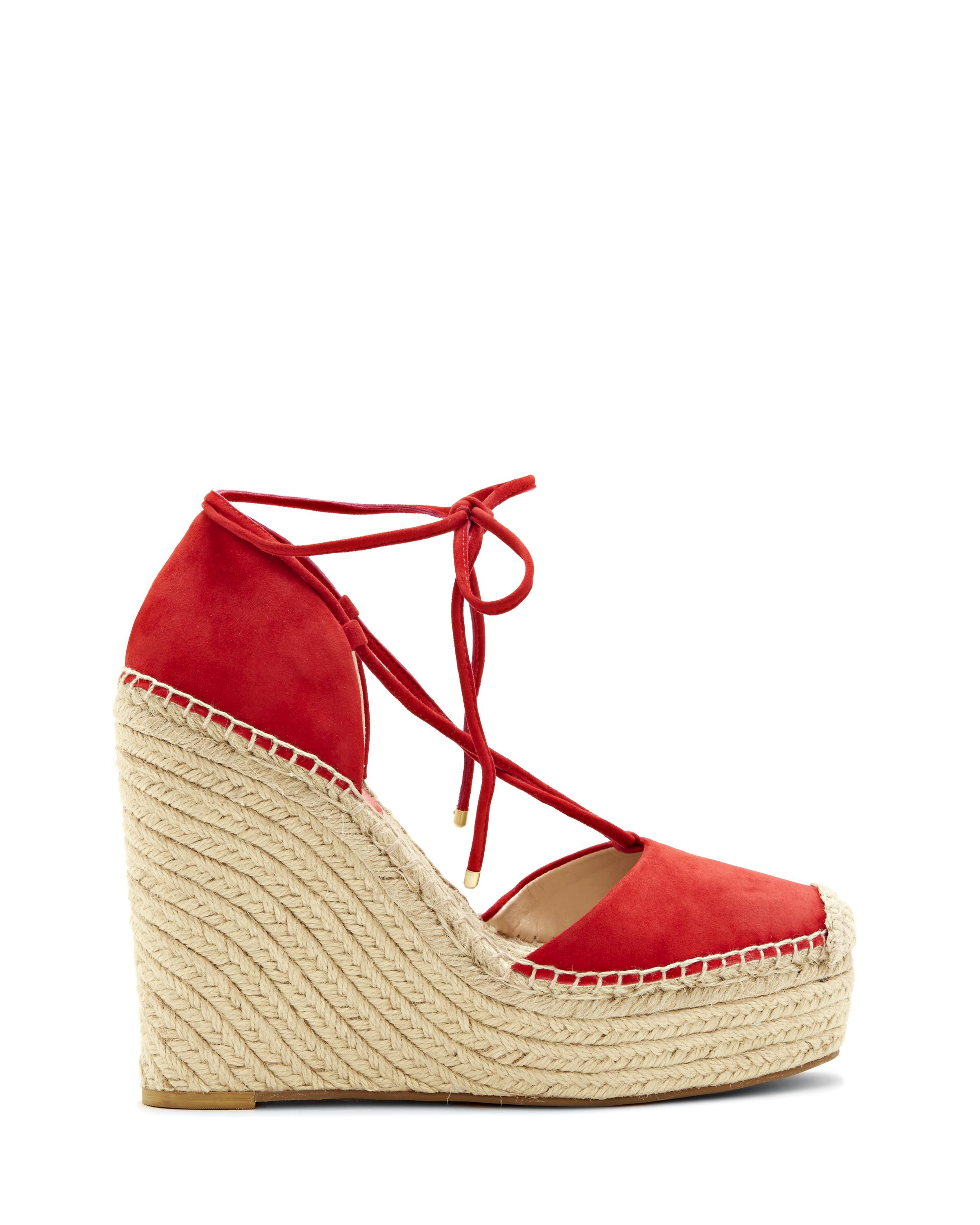 Vince camuto Airlia