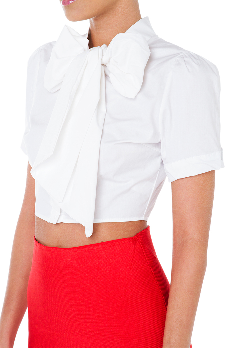 tops Great tops for both work and weekends, easy to match with stylish skirts or casual jeans. We have tops and vests in every style ­- from seasonal key pieces to the best basics.