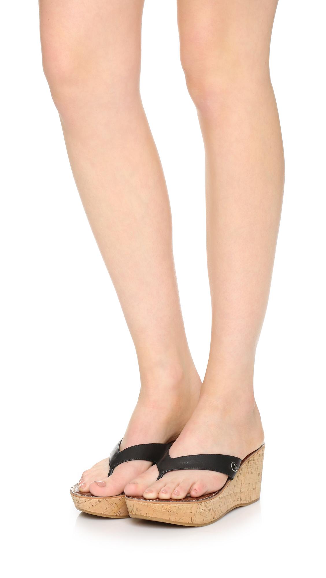 33a4af5ae Sam Edelman Romy Wedge Thong Sandals in Black - Lyst