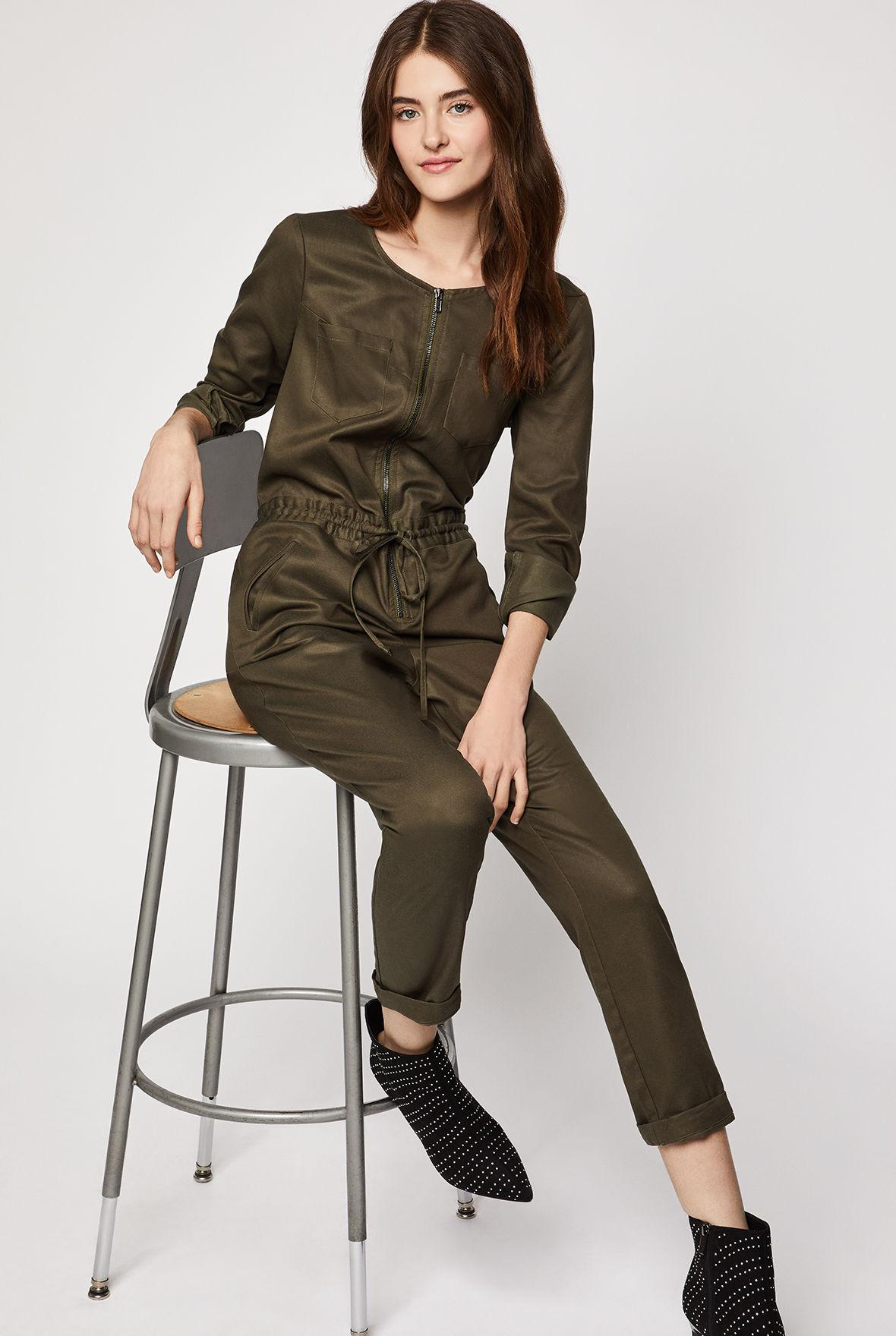 22e3237a0a4 BCBGeneration Zip-front Utility Jumpsuit in Green - Lyst