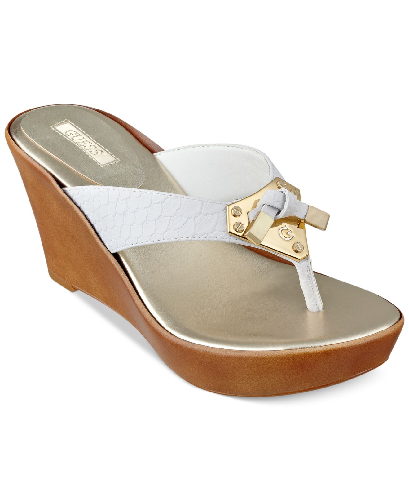 30d59e8625 Guess Xandie Platform Wedge Thong Sandals in White - Lyst
