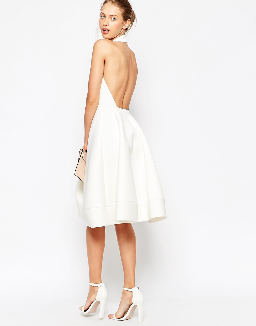 Lyst asos halter neck full midi dress with plunge in white for Robe chemise longue femme