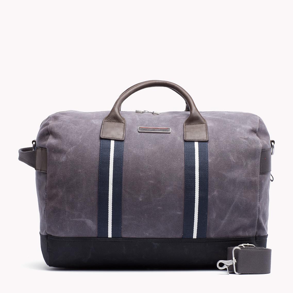 Tommy Hilfiger Wilshire Travel Bag