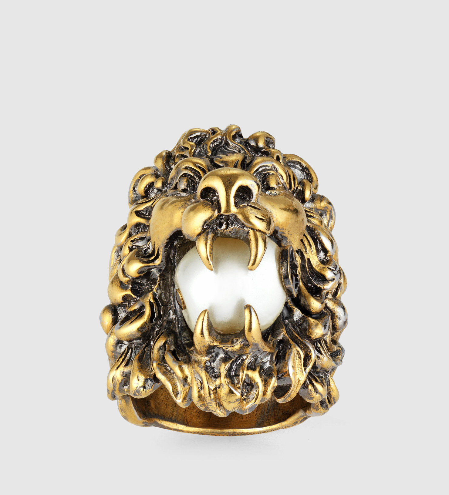 Gucci Lion Head Ring With Glass Pearl In Metallic Lyst