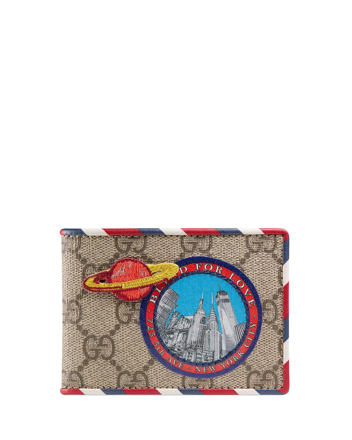 e393b82369c Lyst - Gucci Courier GG Supreme Wallet in Natural