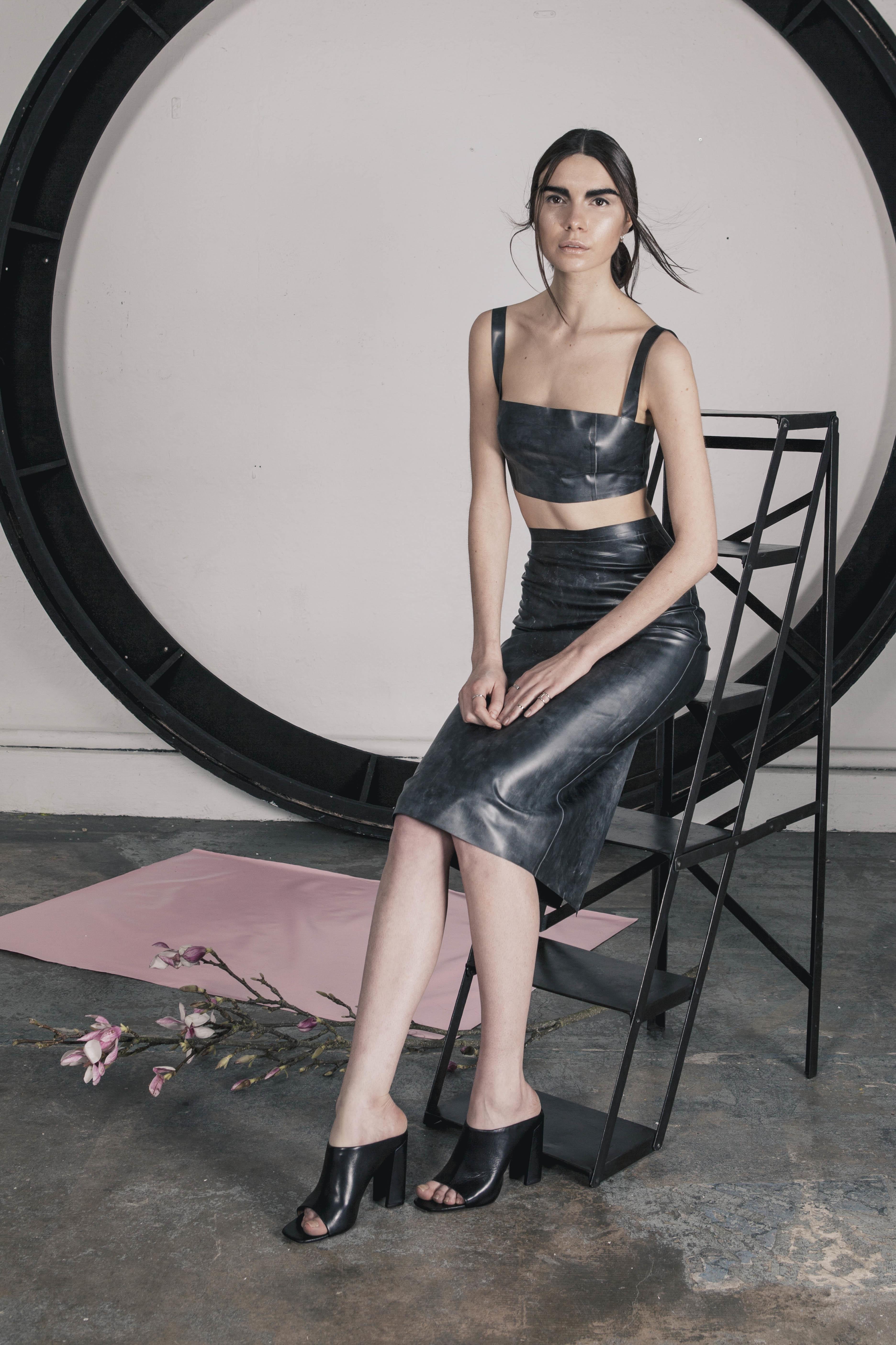 Lastest Sexy Woman Latex Skirt