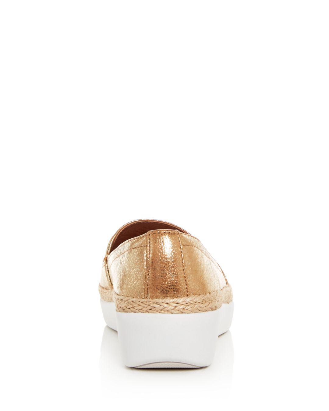 80cd59ee9d7 Lyst - Fitflop Women s Casa Leather Sneaker Loafers in Metallic