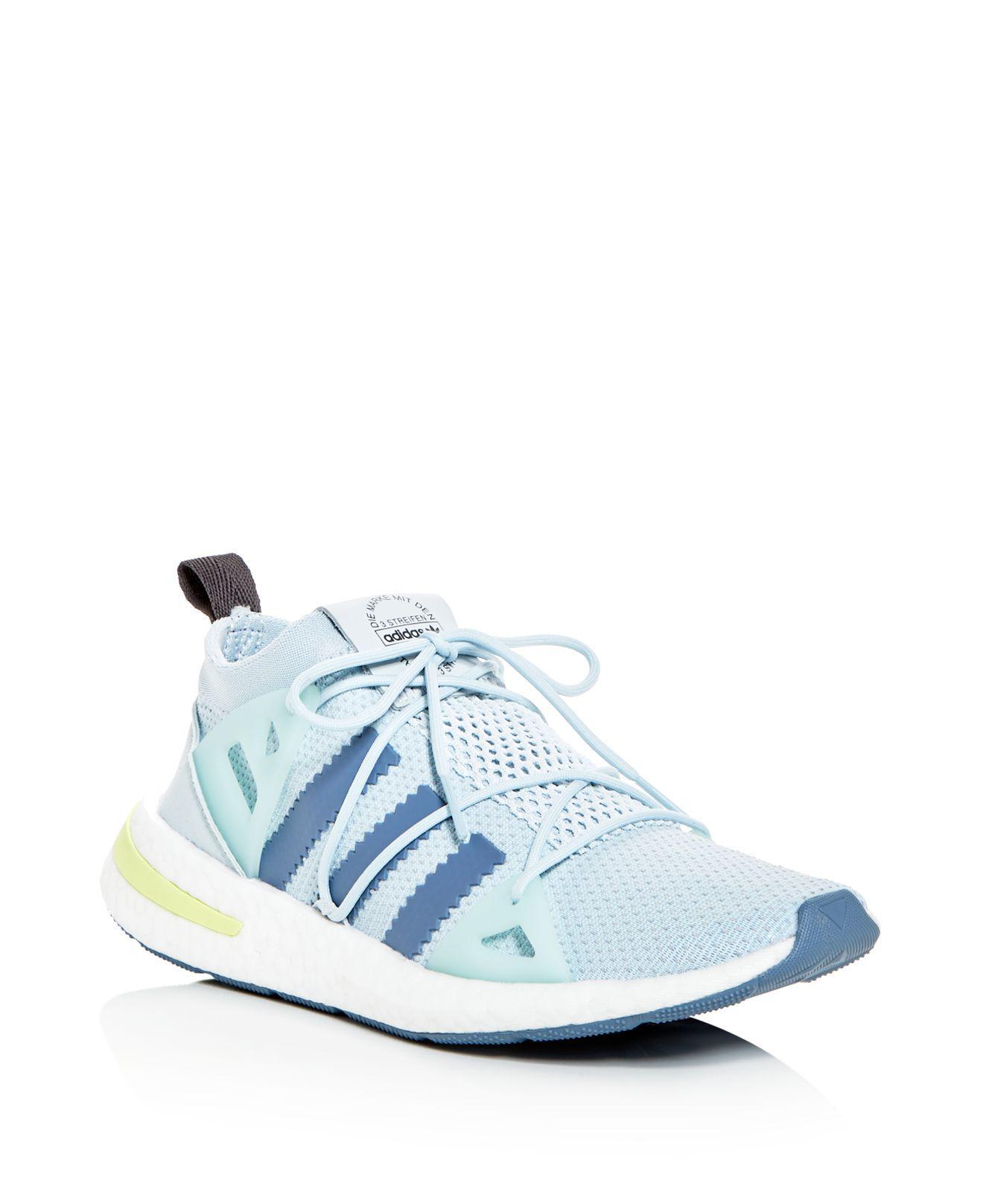 lyst adidas donne a arkyn merletto scarpe in blu