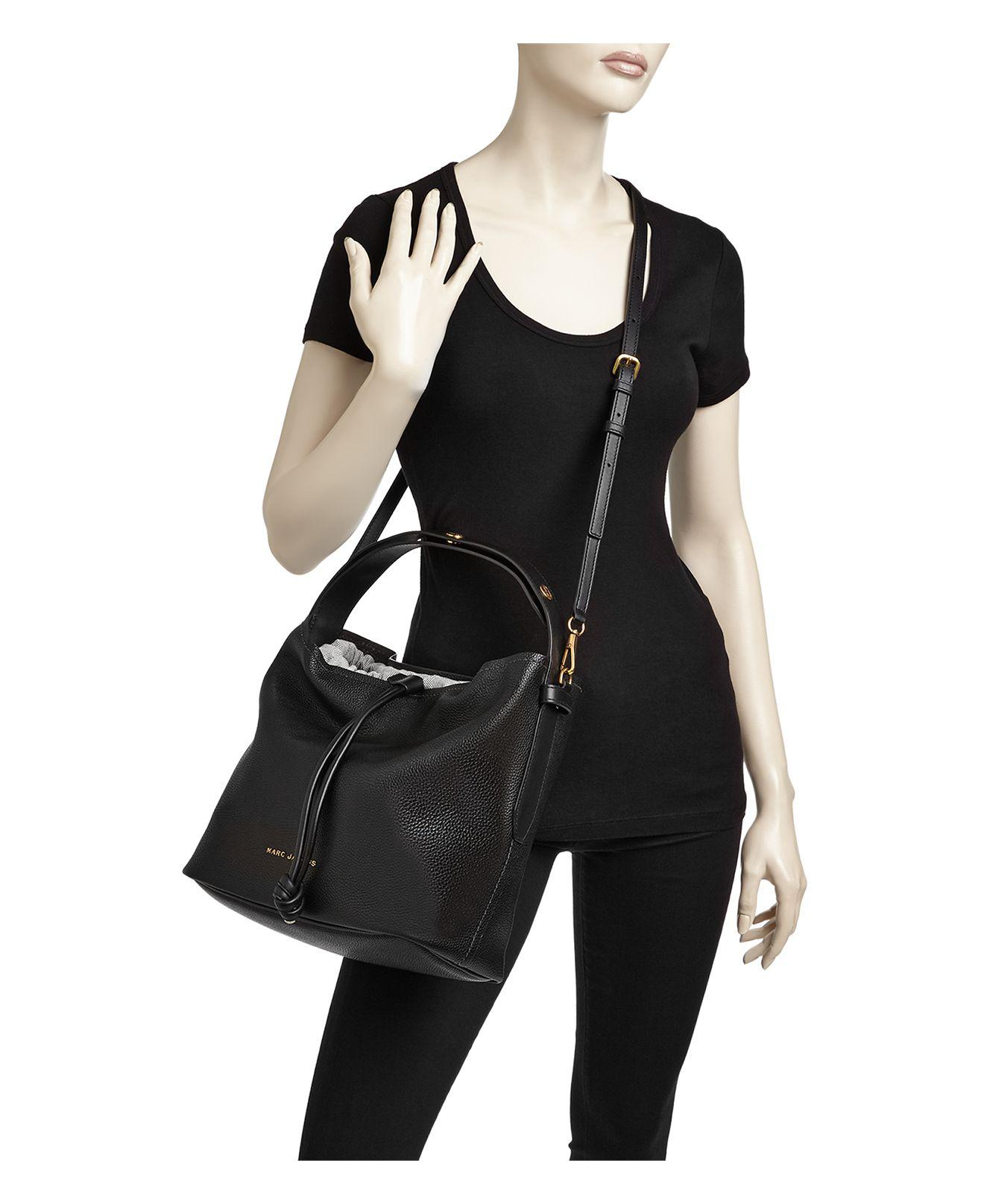 ea2a4fa35 Marc Jacobs Road Leather Hobo in Black - Lyst