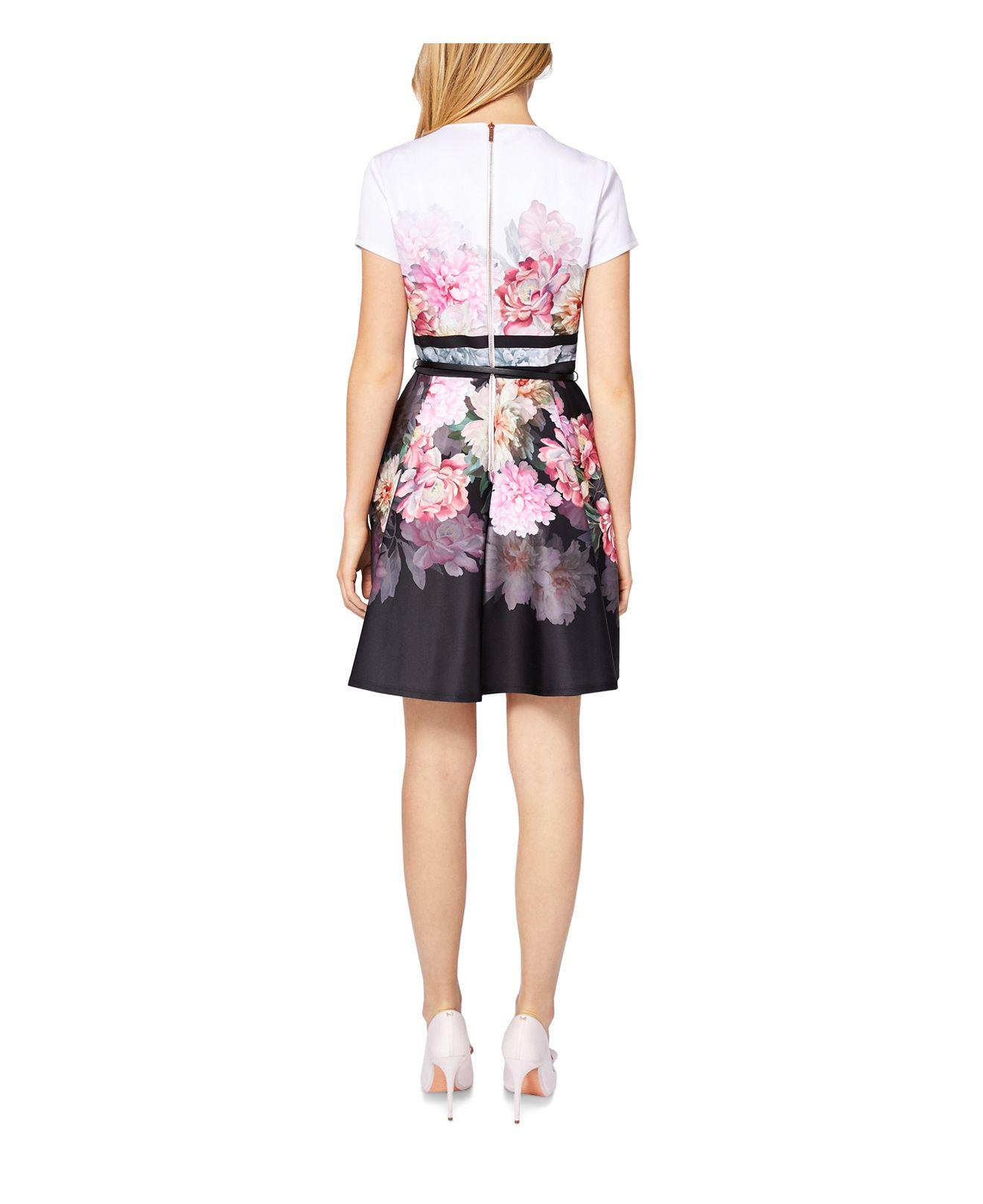 826bc765fa1496 Gallery. Previously sold at  Bloomingdale s · Women s Skater Dresses ...