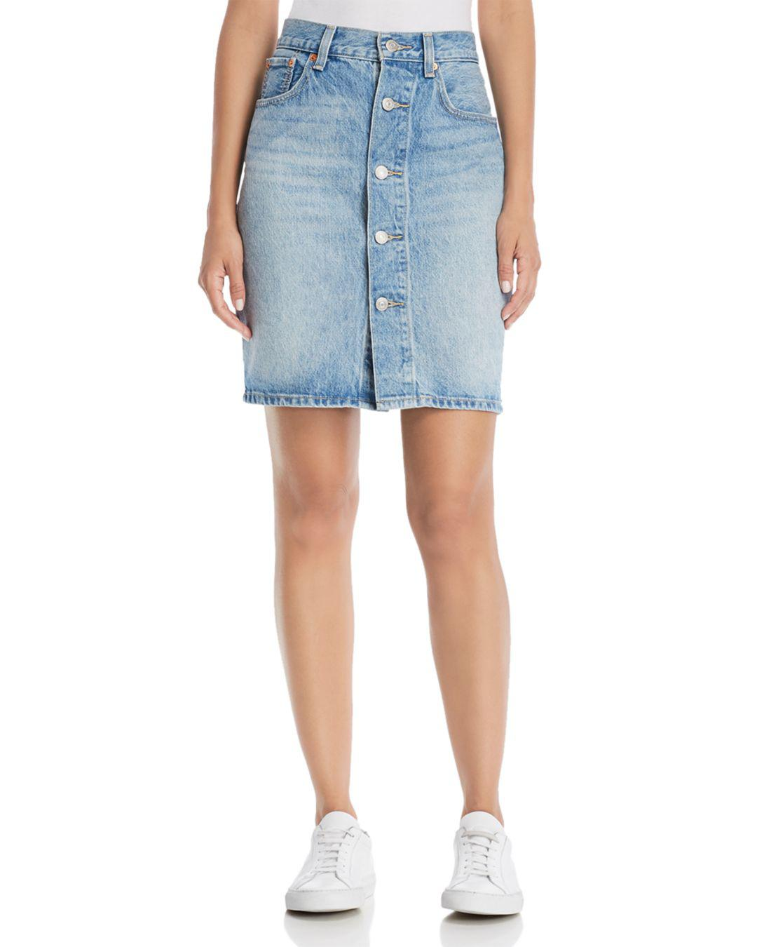 cbccf014f Levi's Mom Denim Skirt In Desperate Measures in Blue - Lyst