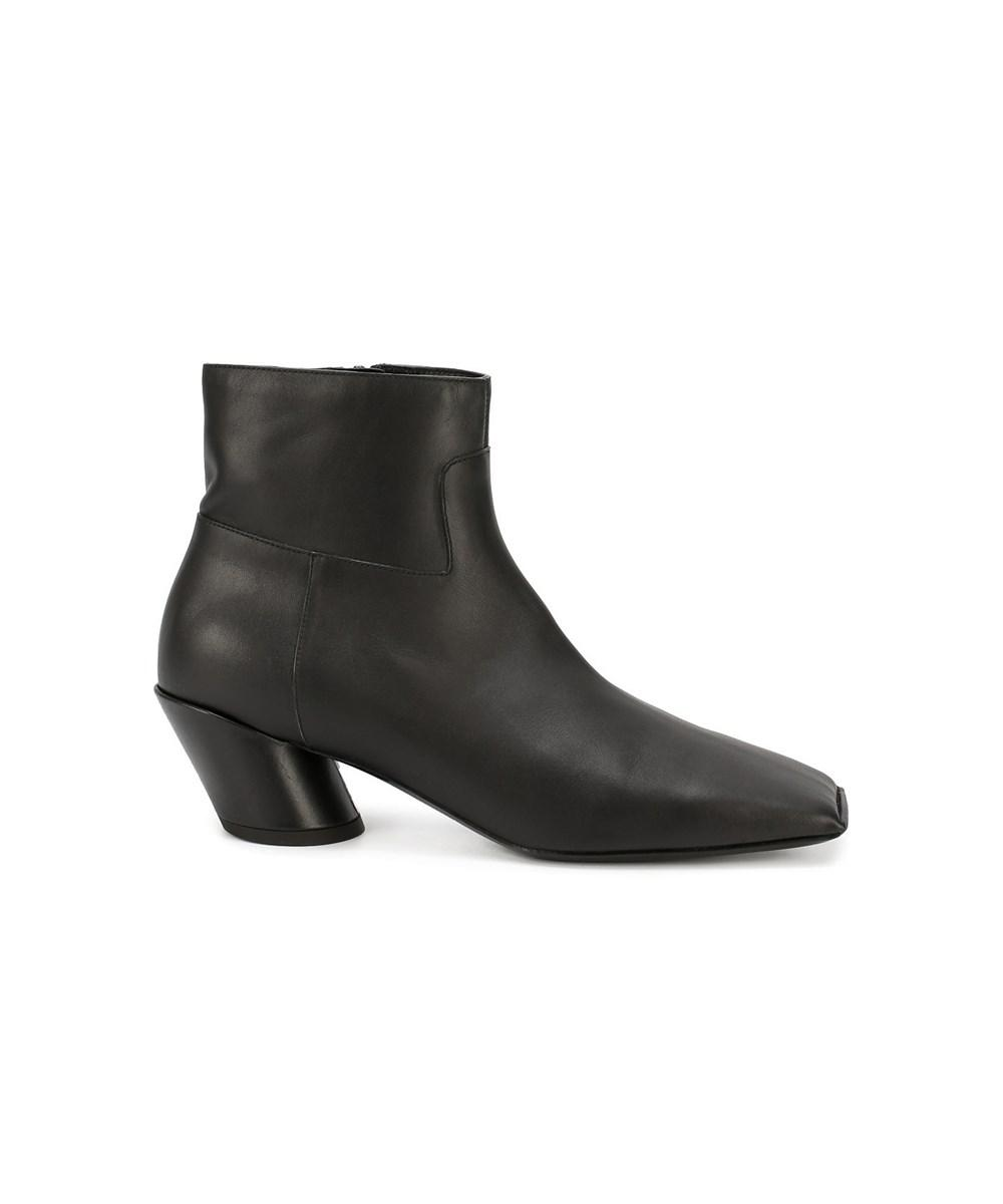 6f00df663641 Lyst - Balenciaga Women s 444729wayi01000 Black Leather Ankle Boots ...