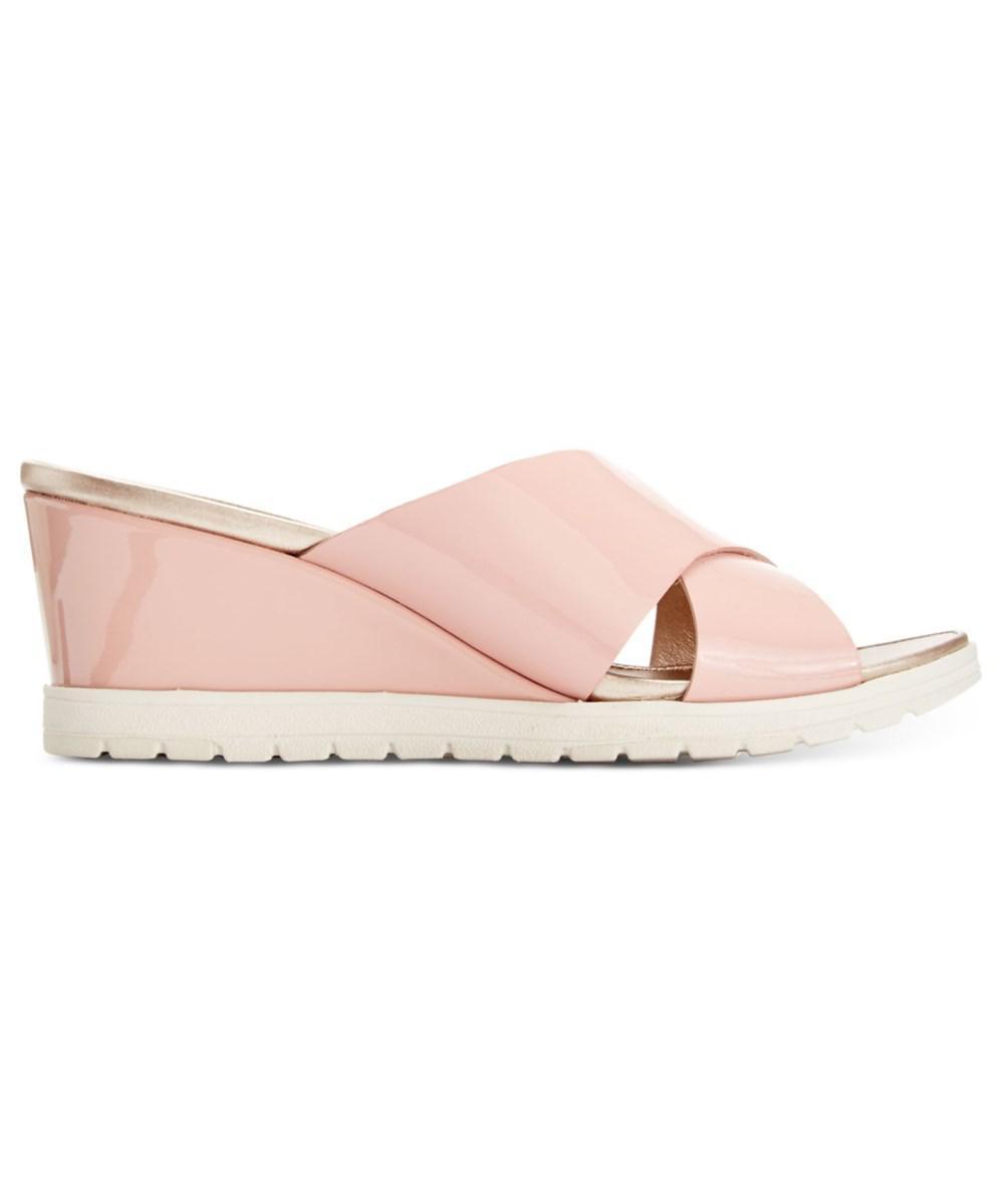 c48ee69ab62 Lyst - Easy Spirit Women s Hartlyn Wedge Sandal in Pink