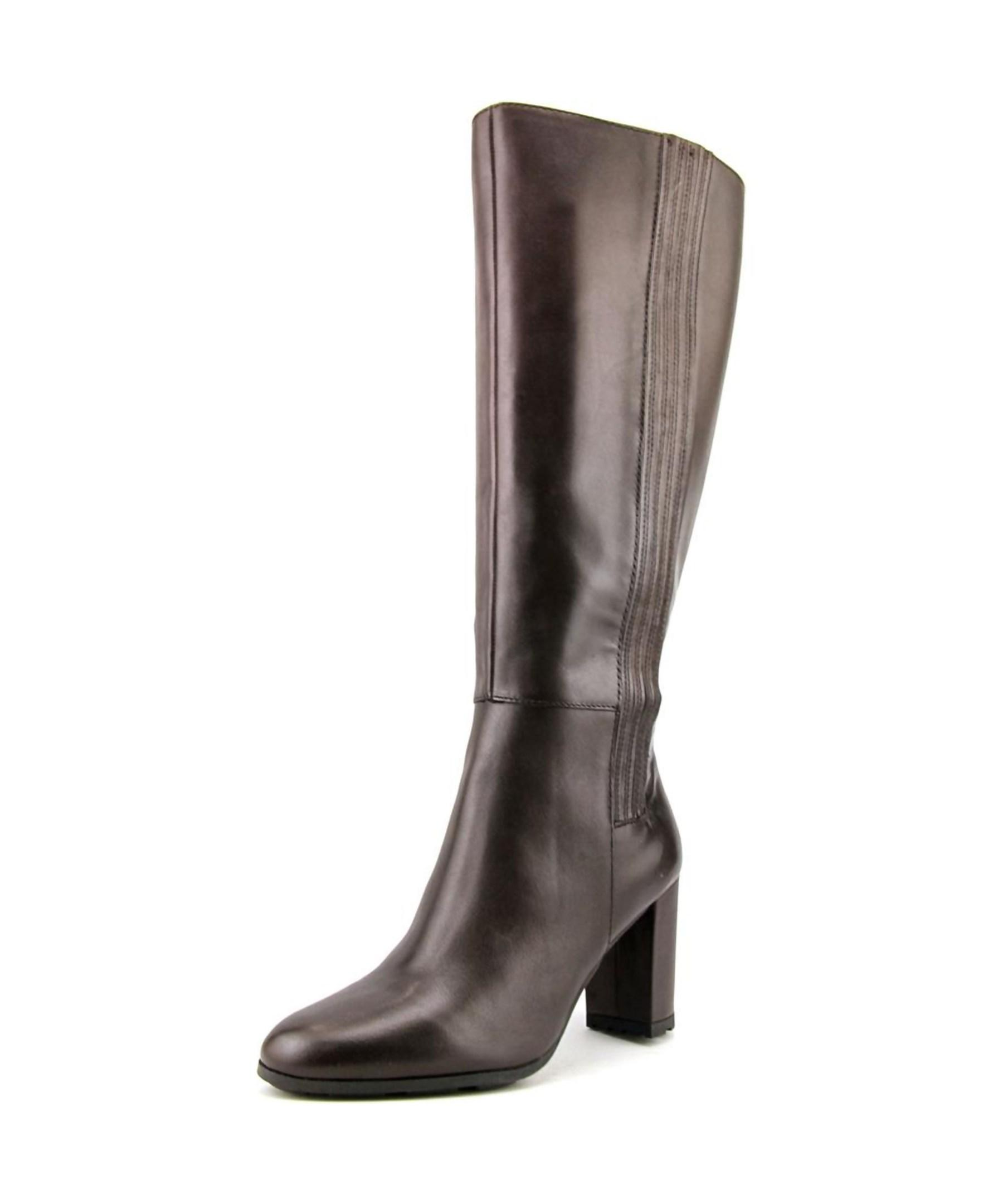 Shop for narrow calf boots from finest collection of skinny and slim calf boots. Available in David Tate, Etienne Aigner, Naturalizer, Ros Hommerson and many brands in different colors and styles.