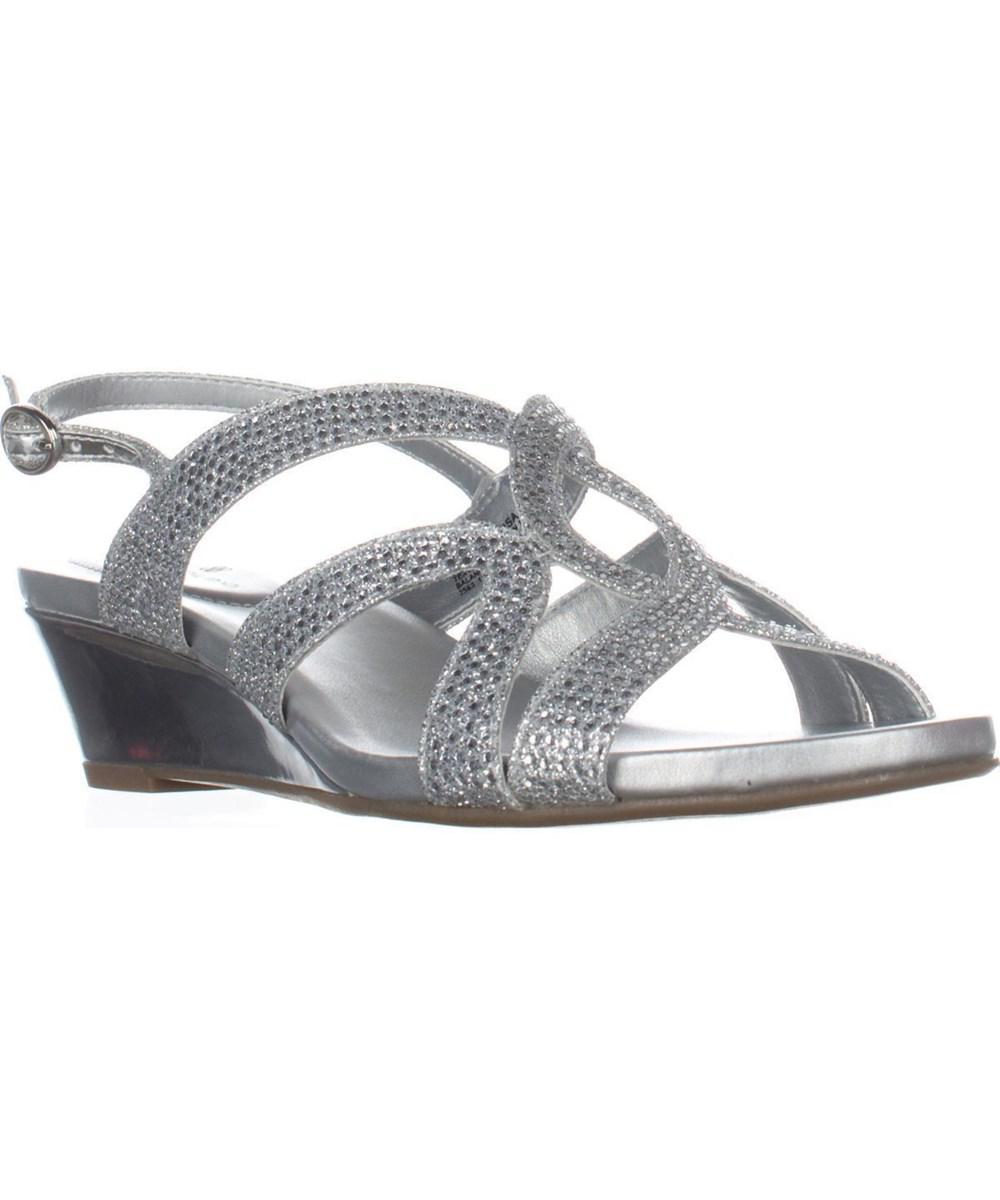 92f27b092e2 Lyst - Bandolino Gomeisa Slingback Wedge Sandals