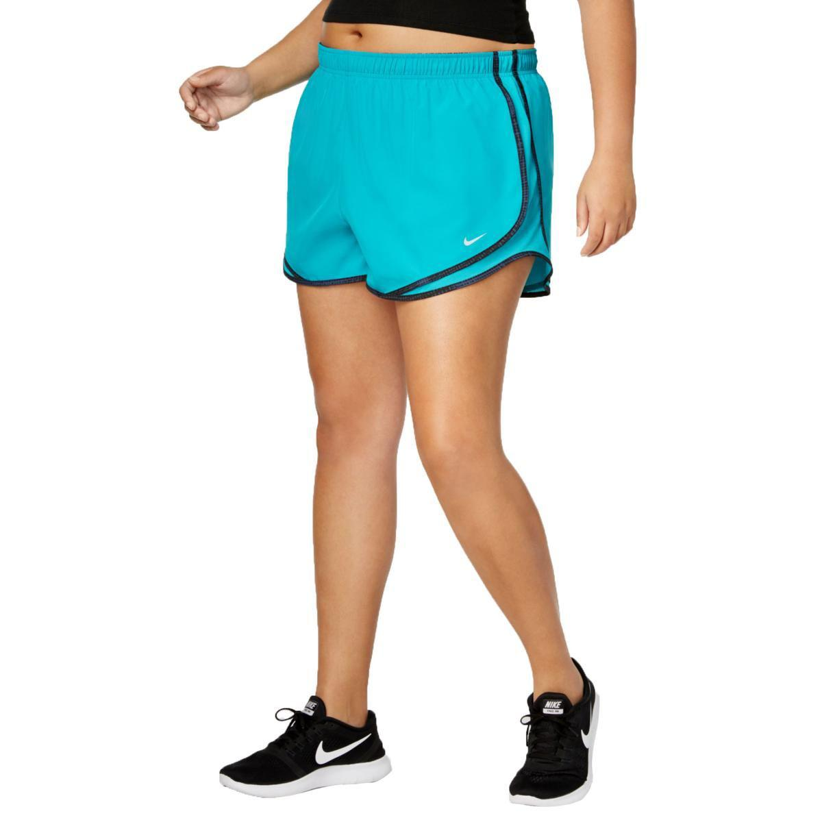 67c7f79ba07d2 Lyst - Nike Womens Plus Tempo Running Fitness Shorts in Green