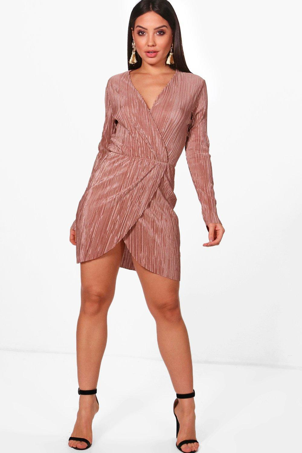 6ce560a030f4 Lyst - Boohoo Pleated Long Sleeve Wrap Dress in Pink