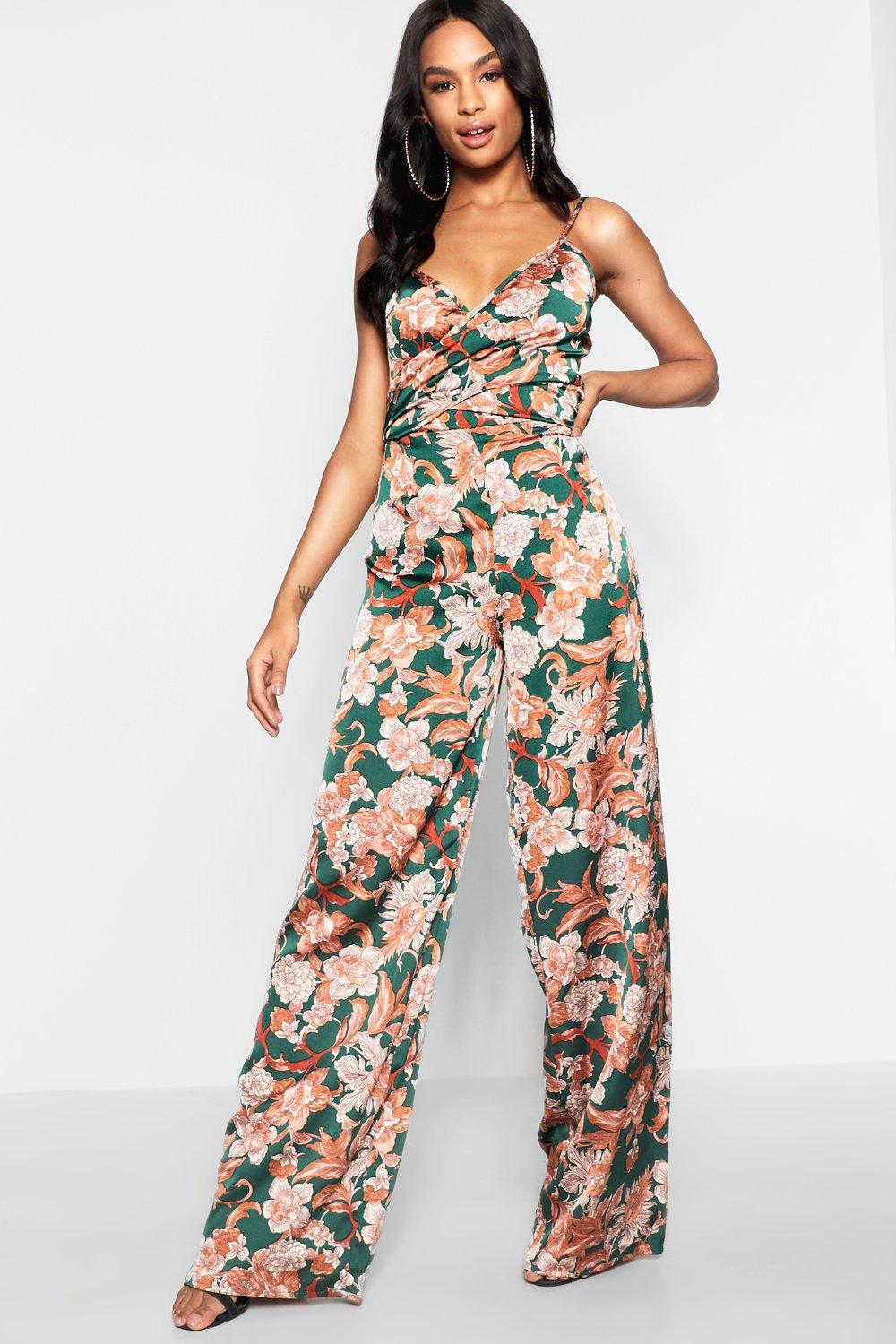 927490fc3502 Boohoo Tall Twist Front Floral Jumpsuit in Green - Lyst