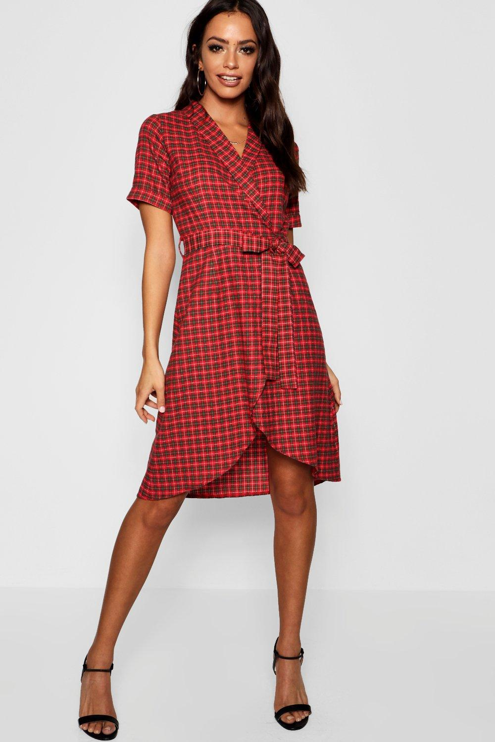 688d726b3e07 Lyst - Boohoo Tartan Print Belted Wrap Midi Dress in Red
