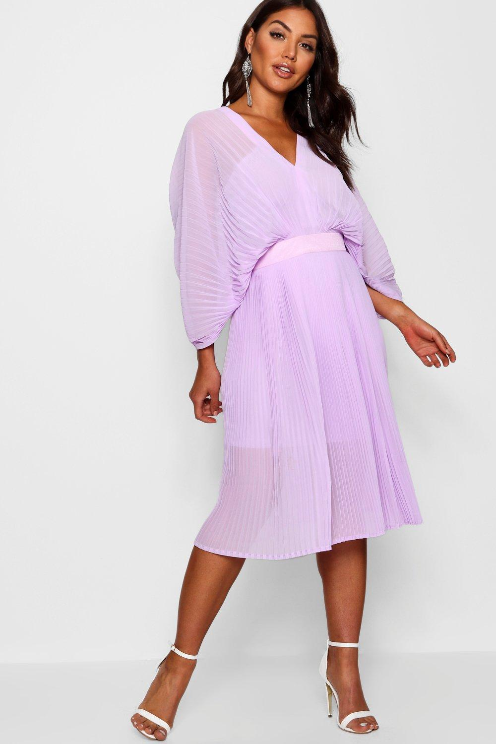 f62cd1035b Lyst - Boohoo Boutique Pleated Batwing Midi Dress in Purple