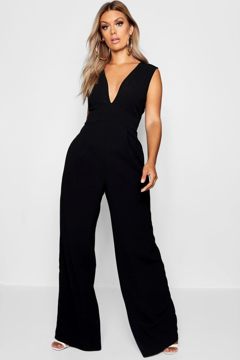 1da7e062405 Boohoo Plus Plunge Wide Leg Jumpsuit in Black - Lyst