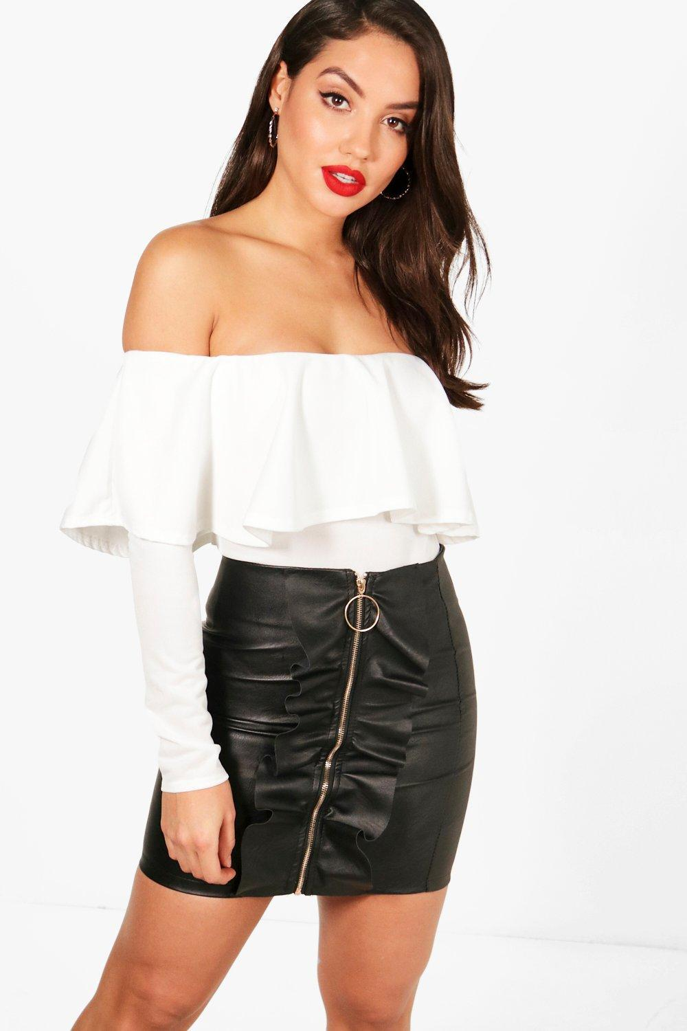 a8990ba00c4 Boohoo Off The Shoulder Frill Long Sleeve Bodysuit in White - Lyst