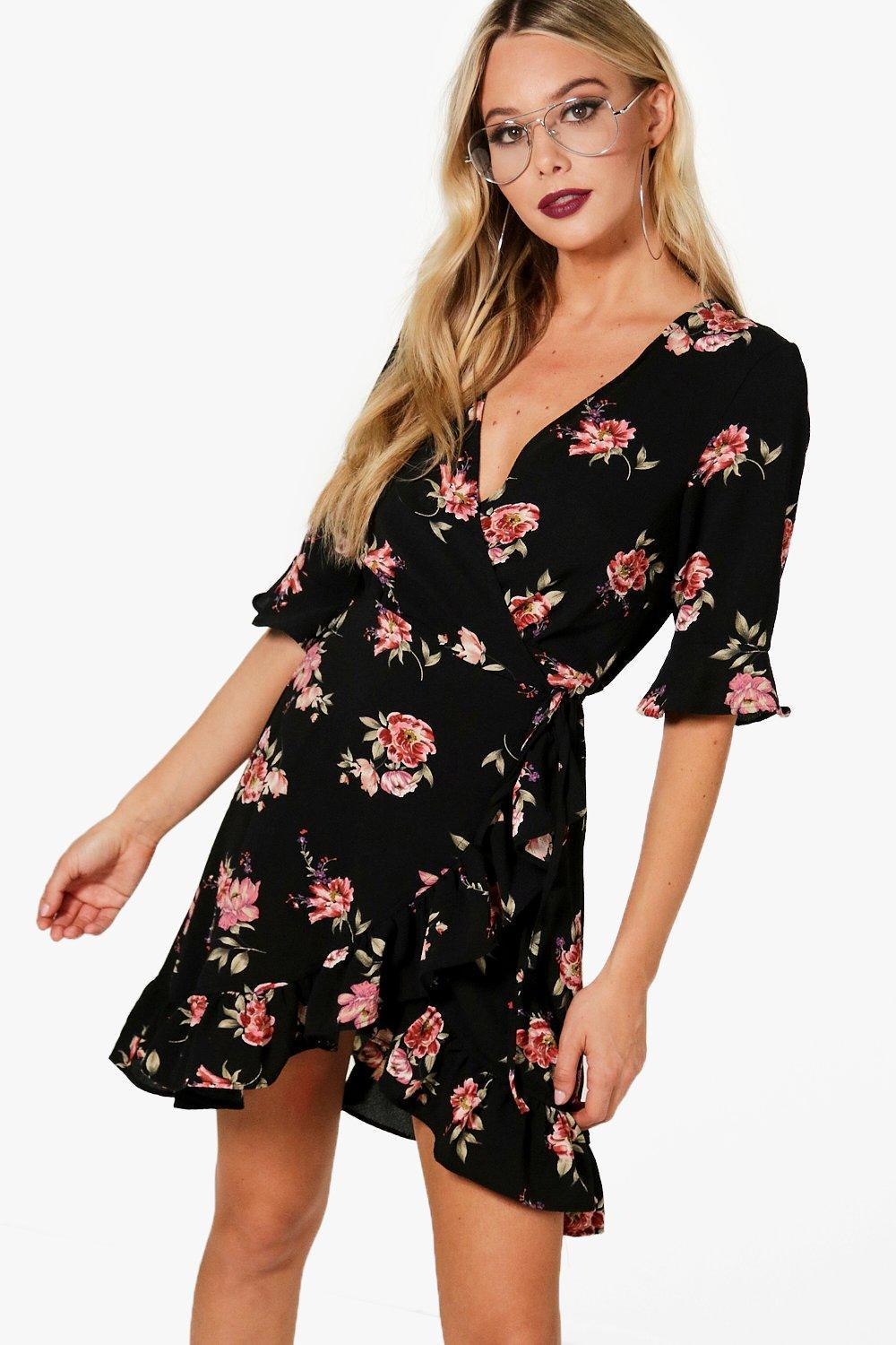 a25e16e25990b Boohoo Floral Woven Wrap Front Tea Dress in Black - Lyst