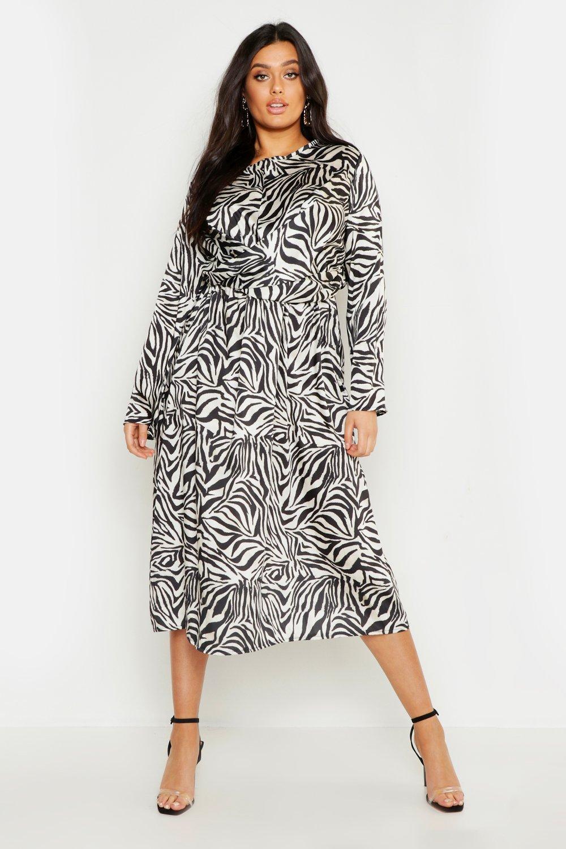 4b2bcf558f59 Boohoo. Women's Plus Knot Front Zebra Midi Dress