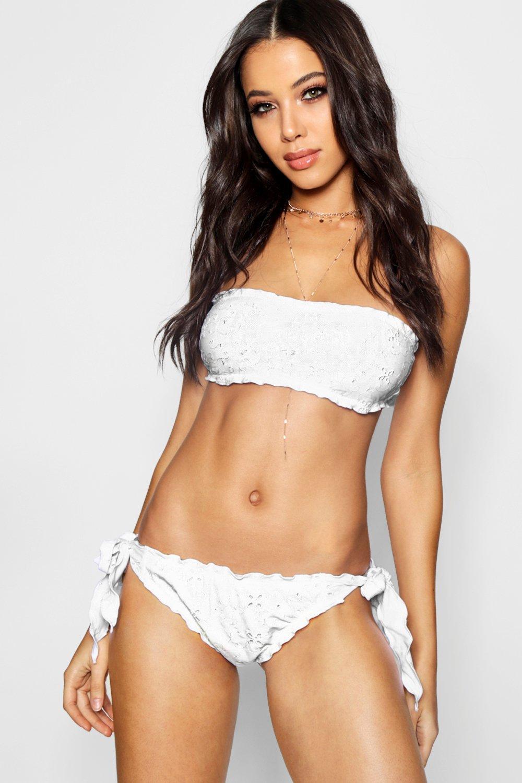 583f1ae38b8e0 Boohoo Anglais Bandeau Bikini in White - Lyst