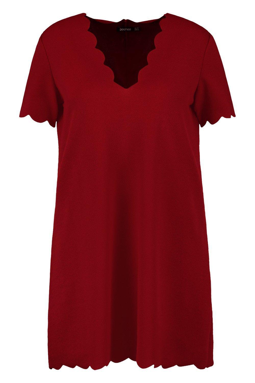 f8649f504fff Boohoo - Red Plus Scallop Edge V Neck Shift Dress - Lyst. View fullscreen